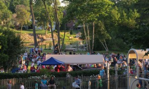 Milford Farmers Market and Concert in the Park