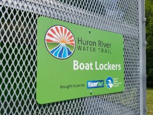 boat-locker-signage