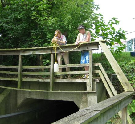 volunteers monitoring allens creek